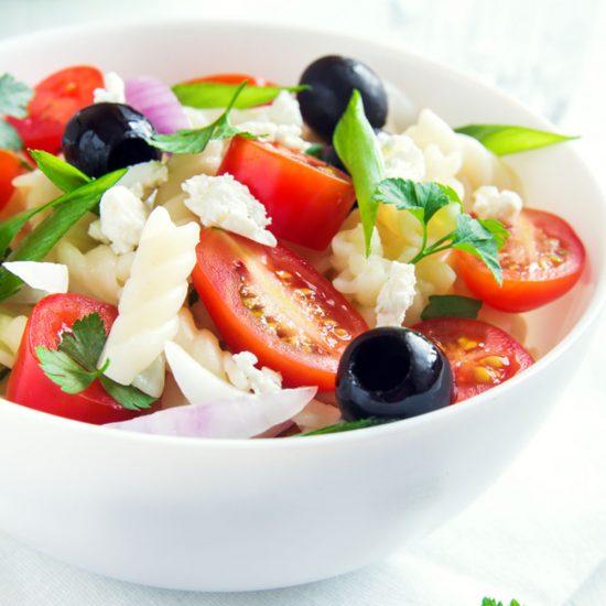 Empty the Fridge - Griekse pastasalade