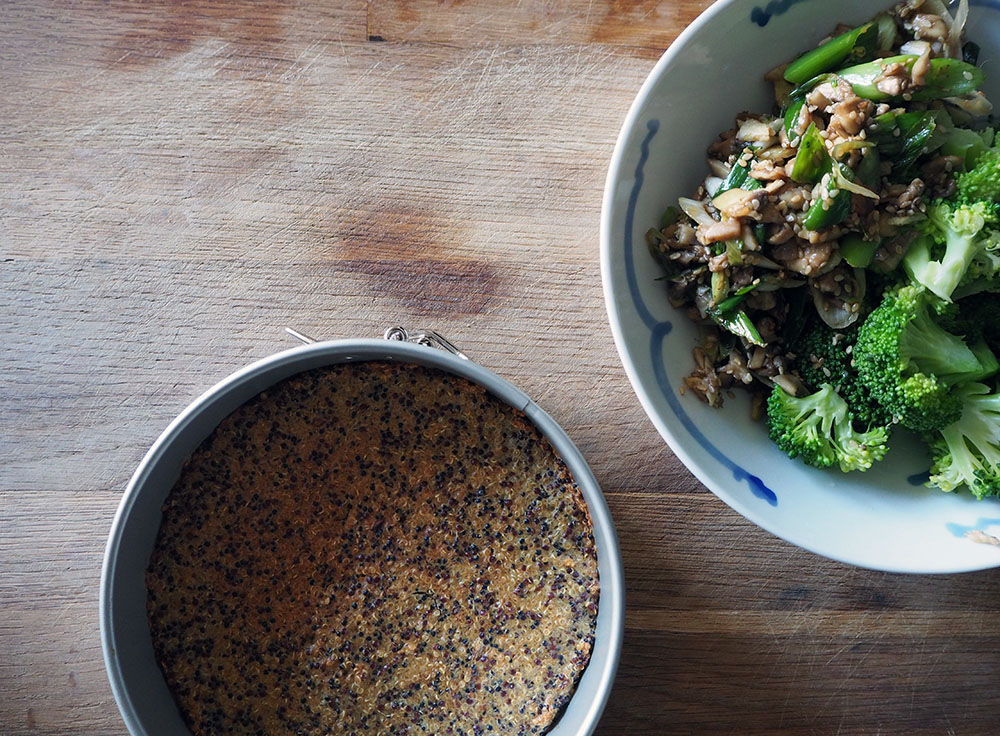Empty the Fridge - Quiche van brocolli sesam en tofu met quinoa korst