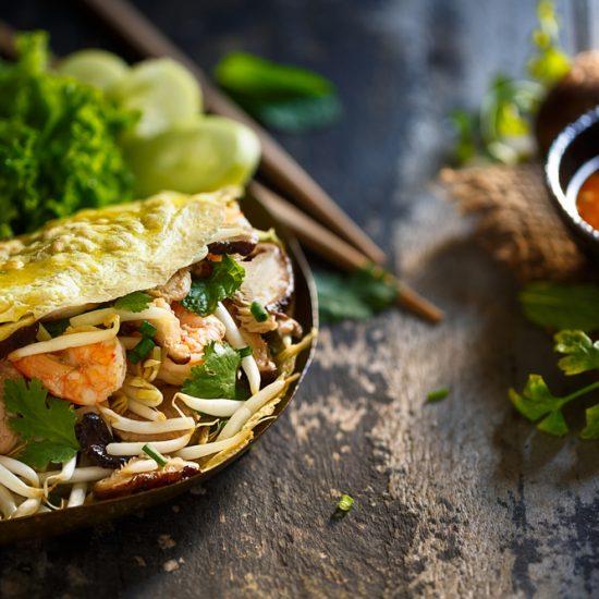 Empty the Fridge - Banh Xeo Vietnamese pannekoekjes met kip en knapperige groenten