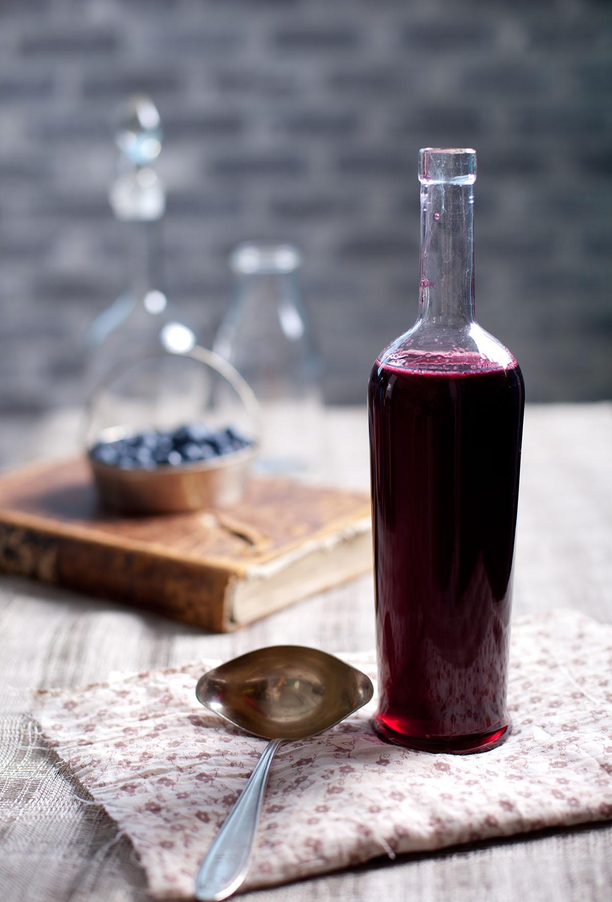 Empty the Fridge - Zelfgemaakte rode wijnazijn